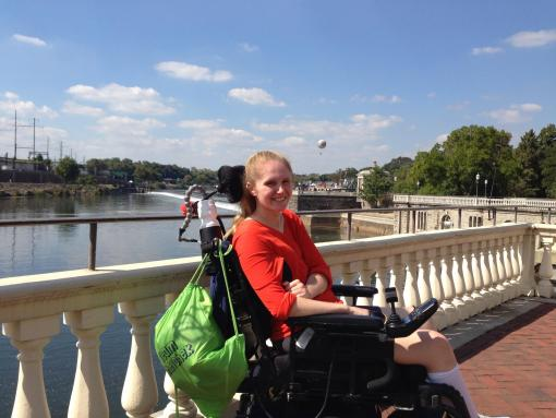 Lauren Shevchek after spinal cord injury diving into shallow water