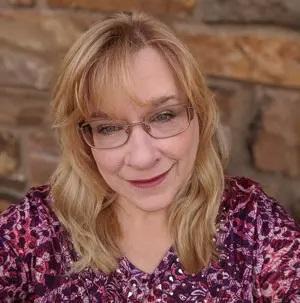 Headshot of Jeanne Ketcham