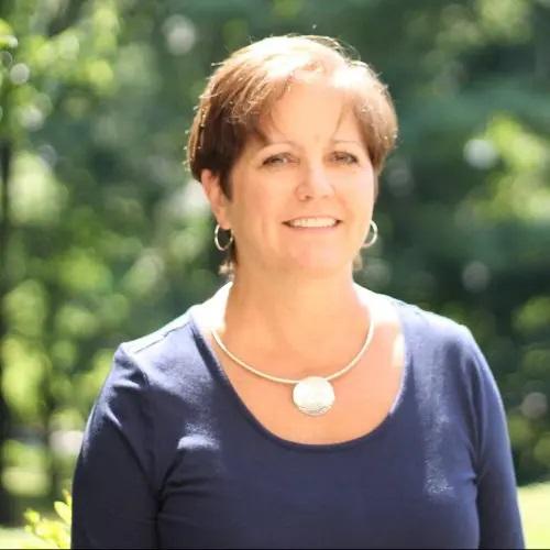 Headshot of Terri Carlson