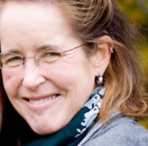 Lynne Coughlin Samson headshot
